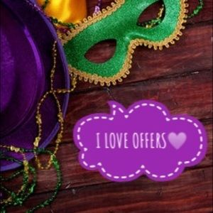 Other - I LOVE OFFERS💛Happy Mardi Gras!!!